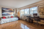 Fort Greene, Brooklyn Over-Sized 1BR/1BA, Sun-Blasted, Eastern Exposure, Massive Master Bedroom!